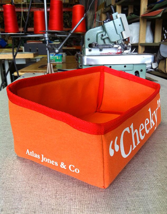 633x400cheeky-box2