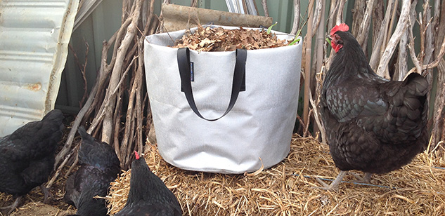 gardenbag-chook