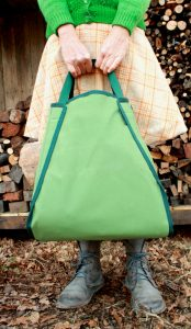 Wide Firewod sling in green canvas