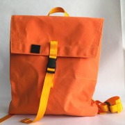 envelopebackpack-orange-fro